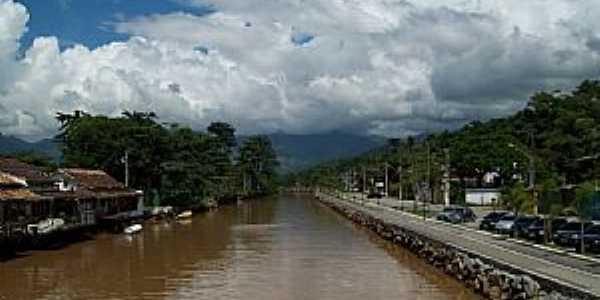 Paraty-RJ-Canal do Rio Perequê-Açu-Foto:Josue Marinho