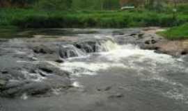 Passa Três - cachoeira da gabi, Por marcia