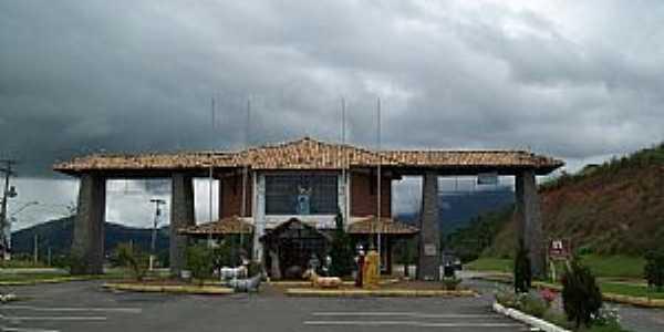 Penedo-RJ-Portal da cidade-Foto:Josue Marinho