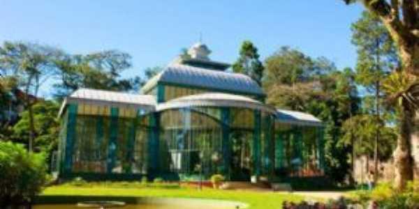 Palácio de Cristal, Por Vitória