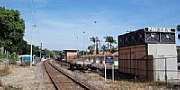 Pátio da Estação Ferroviária em Pinheiral-RJ-Foto:Jorge A. Ferreira Jr…