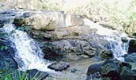 Pirapetinga de Bom Jesus - Cachoeira da Vargem por Neivaldo