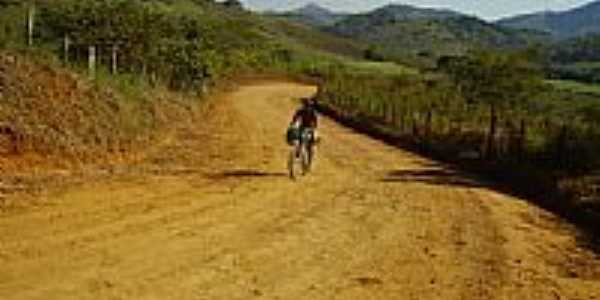 Estrada da Serra-Foto:Andre Alvim(Xôxô) WW…