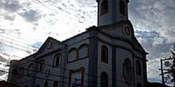 Igreja de N.Sra.Aparecida em Porci�ncula-RJ-Foto:Sergio Falcetti