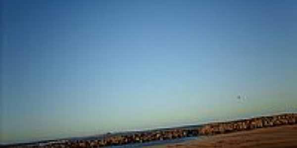 Rochedos na praia de Quissam� -RJ-Foto:Sergio Falcetti