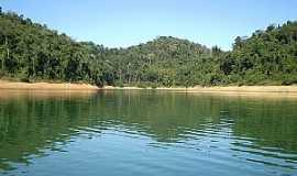 Rio Claro - Rio Claro-RJ-Trecho do Reservatório-Foto:Laerso Junior