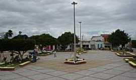 Itamira - Itamira-BA-Nova Praça no centro da cidade-Foto:MaKeilY