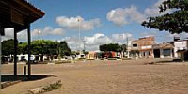 Itamira-BA-Praça central-Foto:olhovivoapora.