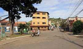 Santa Isabel do Rio Preto - Santa Isabel do Rio Preto-RJ-Rua da cidade-Foto:Halley Pacheco de Oliveira