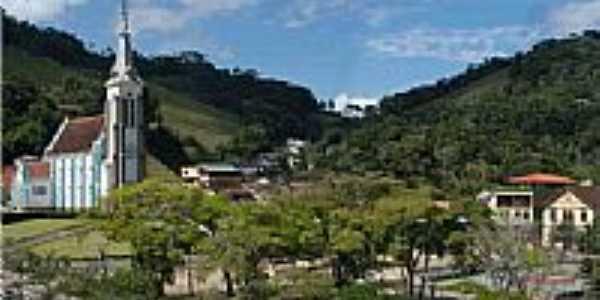 Vista parcial do centro de Santa Maria Madalena-RJ-Foto:marioguimaraes