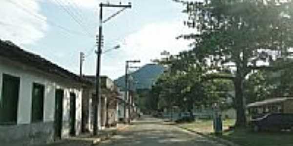 Praça e rua de Santo Antônio do Imbé-RJ-Foto:Paulo Noronha