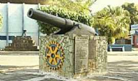 S�o Fid�lis - Monumento aos Pra�inhas Fidelenses � Inaugurado em 15/11/1971