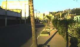 S�o Gon�alo - S�o Gon�alo-RJ-Avenida Pres.Kennedy-Foto:Valdeci Tuler