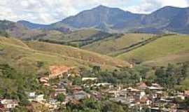 São José de Ubá - São José de Ubá - Serra do Pontal do Sinal ao fundo (950m)  por celomozer