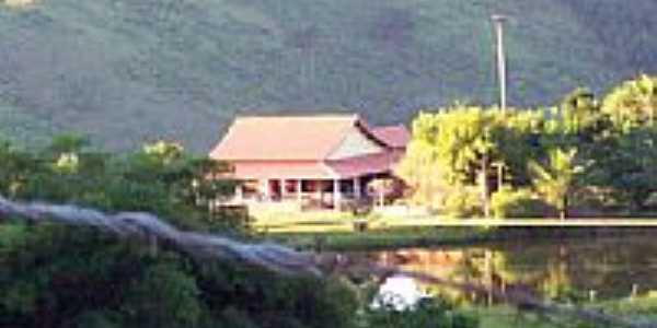 Sítio Cantinho da Lagoa em São Sebastião do Alto-Fotoalanira