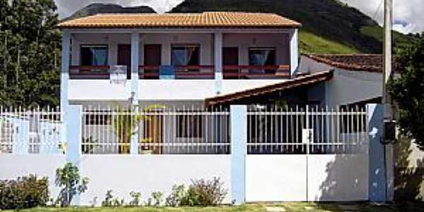 Sobrelândia-RJ-Novas arquiteturas no distrito-Foto:trajanodemoraes-rj