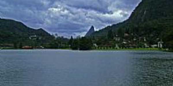 Teresópolis-RJ-Lago na Granja Comary-Foto:Marcos L. Britto