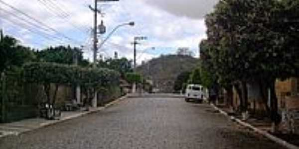 Rua em Val�o do Barro-Foto:Jo�o B.C.T. Lima.jpg1