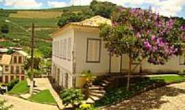 Varre-Sai - Casarão (Centro de Cultura) e Prefeitura
