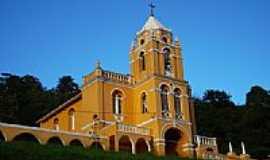 Varre-Sai - Igreja São Sebastião, por Messias C. Correia