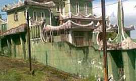 Vila Muriqui - castelinho em muriqui, Por fernanda