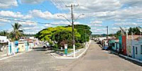 Avenida principal de Itapé-BA-Foto:hjobrasil