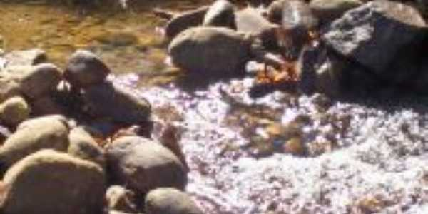 Cachoeira de Xer�m, Por SUELI CORDEIRO DE OLIVEIRA
