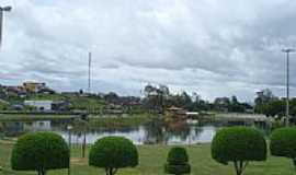 Itapetinga - Lagoa e Parque em Itapetinga-Foto:Miraflores 10