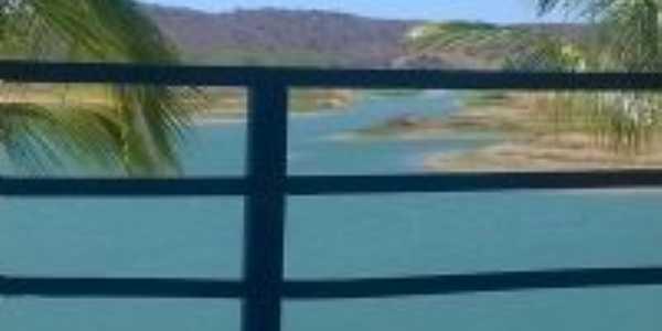 Ilha do sossego, Por Romário