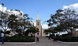 Cruzeta - Vista da Pra�a e Igreja Matriz