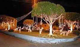 Doutor Severiano - Praça com decoração natalina em Doutor Severiano-Foto:mundonovorn.