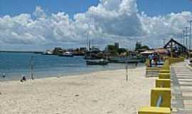 Guamar� - Orla da Praia Aratua em Guamar�-Foto:Moacir Reinaldo