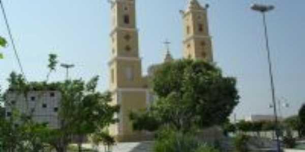 Praça e Igreja Matriz de N. Sra. dos Aflitos-Foto:Célia Dutra