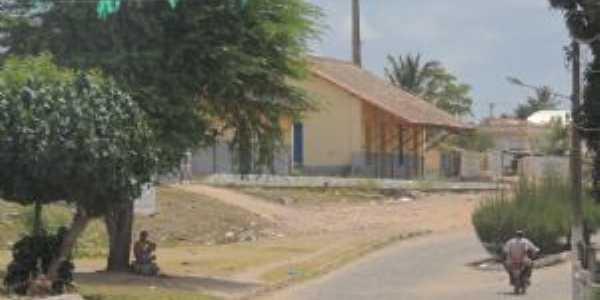 estação ferroviária vista de ângolo dierente, Por Cosme Fernandes de Souza