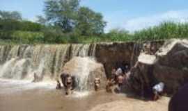 Lagoa Nova - Cachoeira  em lagoa nova, Por eneide pelogio de medeiros