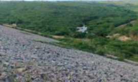 Poço Branco - Vista da saida de aguas das tubulaçoes da barragem Por Daniel da silva pinheiro