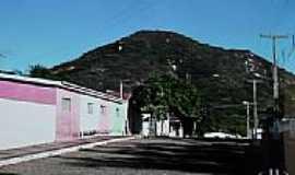 Rafael Godeiro - Rua da cidade e ao fundo Serra Redonda em Rafael Godeiro-Foto:Dedé de Zé Luca