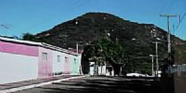 Rua da cidade e ao fundo Serra Redonda em Rafael Godeiro-Foto:Dedé de Zé Luca
