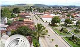 Itiru�u - Itiru�u-BA-Avenida Principal e Pra�a Refael Oliveira-Foto:www.amargosanoticias.com