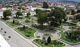 Itiruçu - Itiruçu-BA-Praça Rafael Oliveira-Foto:www.blogdaresenhageral.com.br