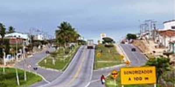 Itiruçu-BA-Avenida Carlos Bonini,entrada da cidade-Foto:Ed Santos