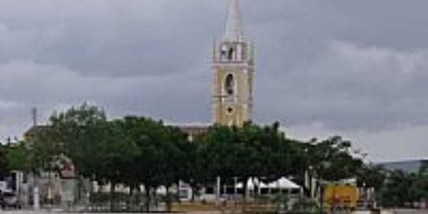 Praça e a torre da Matriz em  São Tomé-RN-Foto:Ivanberg