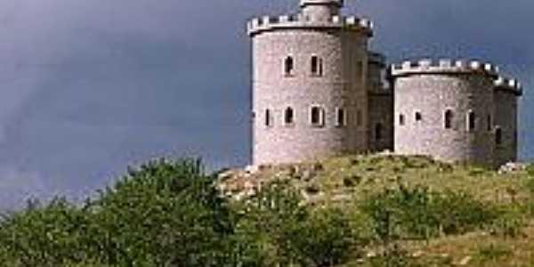 Castelo-Foto:jessicamendescaraubas
