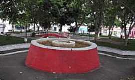 Itororó - Praça Castro Alves em Itororó-BA-Foto:jefferson_santos