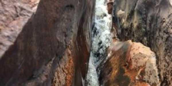Cachoeira do Mororó, Por Anailza Feitoza dos Santos