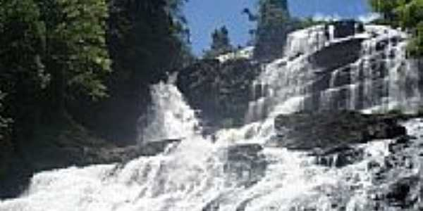 Cachoeira de Pancada Grande em Ituberá-BA-Foto:brunolhas