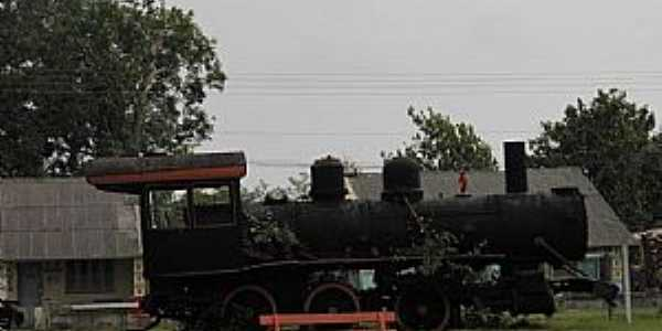 Abunã-RO-Antiga Locomotiva da MadeiraXMamoré-Foto:Altemiro Olinto Cristo
