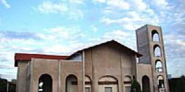 Igreja Matriz da Sagrada Familia foto Vicente A. Queiroz