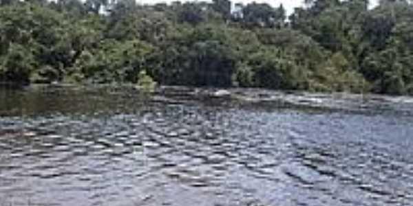 Piscina de corredeira do Rio Preto em Candeias do Jamari-Foto:João Henrique Rosa