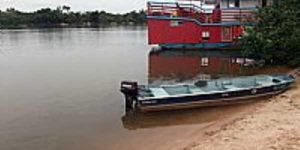 Costa Marques-RO-Embarcações no Rio Guaporé-Foto:Emerson Neves